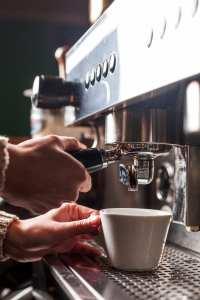 Kalk, Kaffee und Wasser
