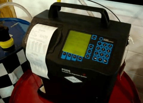 Sistema portatil para diagnostica de aceite