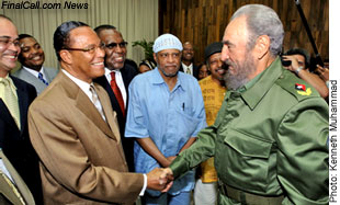 H.M.L.Farrakhan meets Cuban leader, Fidel Castro