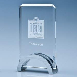 15cm x 9cm x 15mm Optical Crystal Rectangle on an Aluminium Base