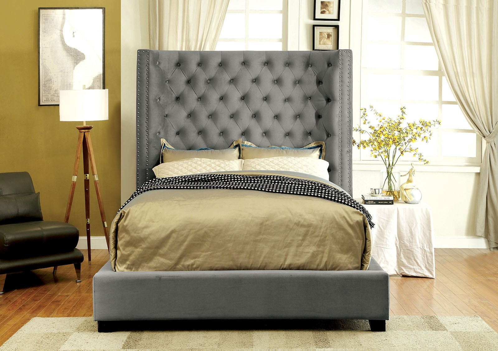 Gray Upholstered Bed With 70 Tufted Headboard