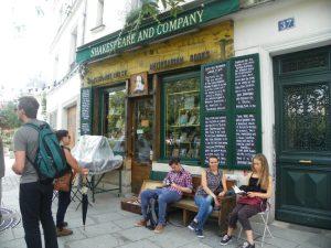 Visita alla libreria Skakespeare and Company di Parigi