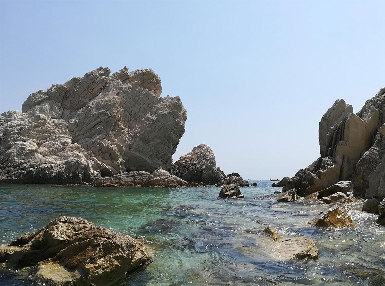 Spiaggia delle Due Sorelle, Sirolo