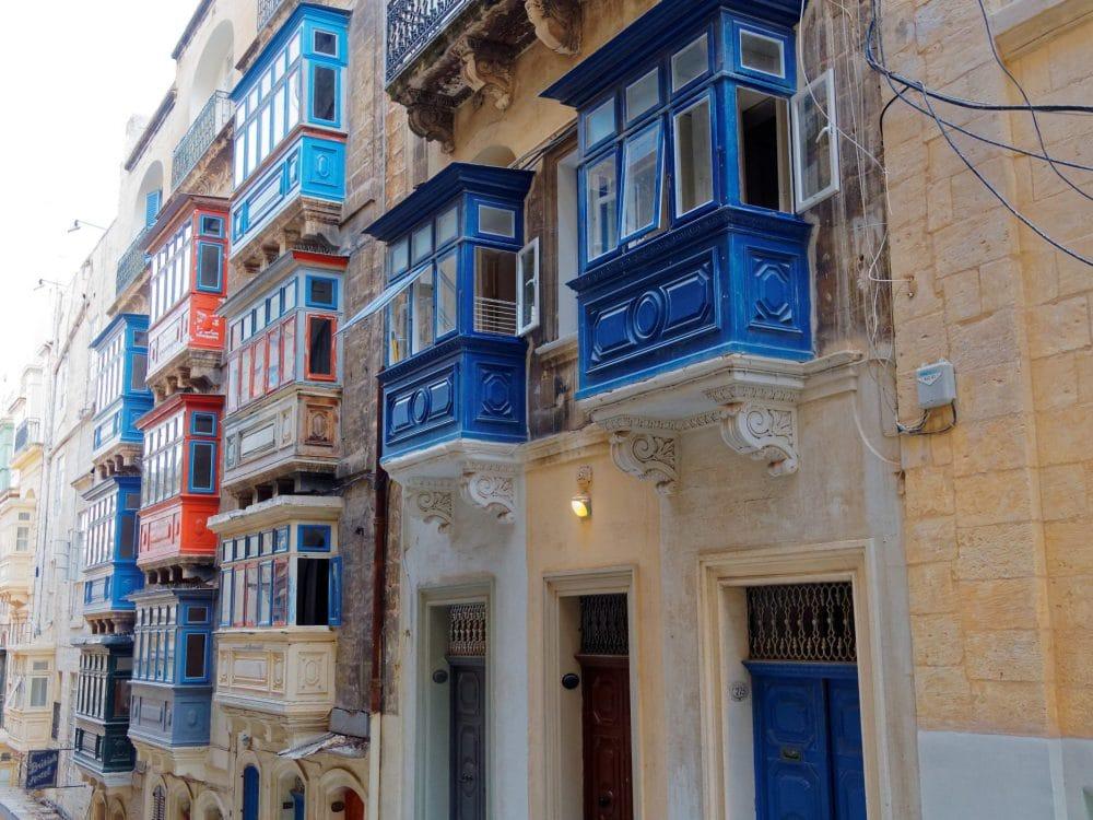 Balconi in legno a Malta