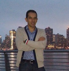 Rodrigo Torres is a Colombian journalist living and working in New York. He has 15 years of experience writing and editing on the economy, financial markets, and companies, especially in Colombia.