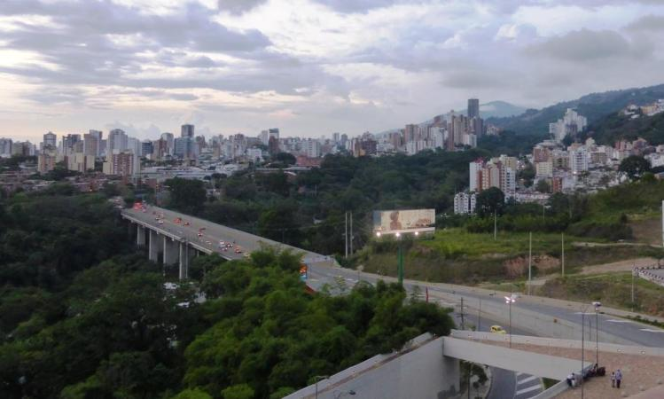 Bucaramanga skyline (Photo credit: Loren Moss)
