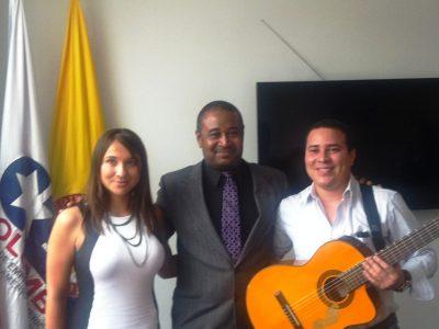 Finance Colombia editor Loren Moss with publicist Liliana Torres Rios (left), and Vallenato artist Beimar Toledo in the offices of the Consejo de Empresas Americanas