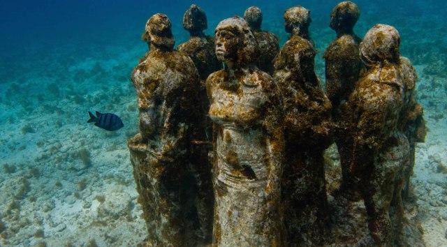 Contact-MUSA-Underwater-Museum-of-Art
