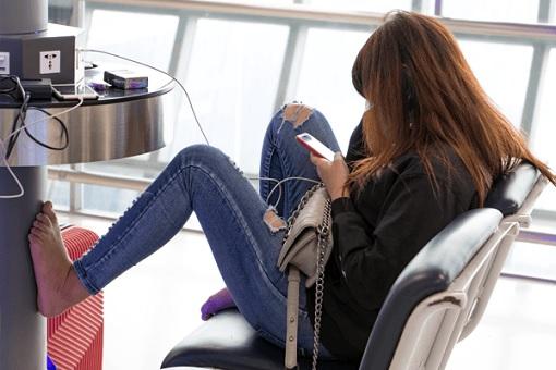 机场USB充电站