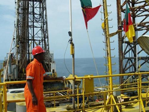 3004-6315-gaz-du-cameroun-forera-2-nouveaux-puits-sur-le-champ-gazier-de-logbaba-sur-la-periode-2015-2016_l