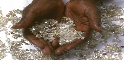 diamants_centrafrique_les_plumes_de_rca-515x250