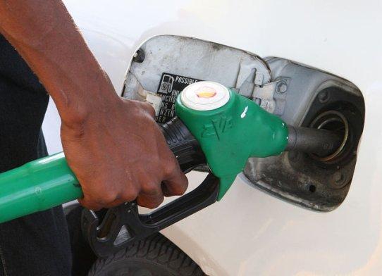 408800_1483223450_156653-carburant-pompe-4-r