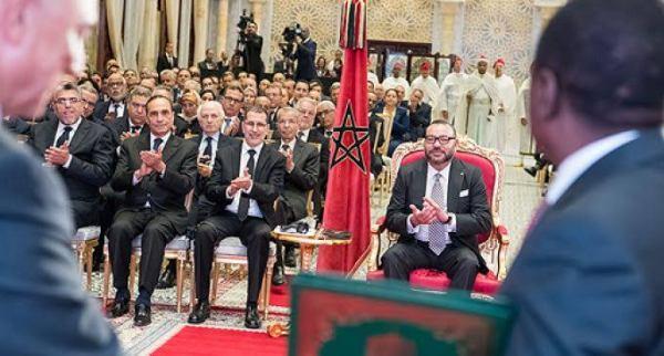 sm-le-roi-ceremonie-de-signature-daccords-nigeria-maroc-m-680x365_c