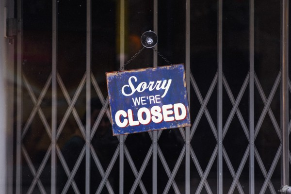 sorry-we-are-closed-london-ilkflottante