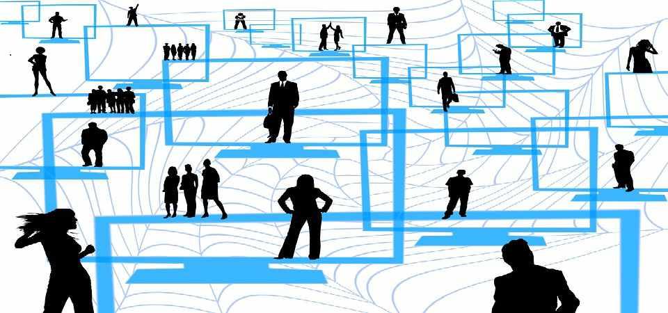 salespeople-increasing-network