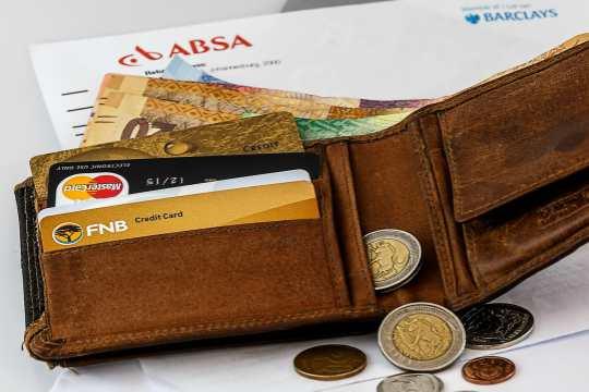 Cash Vs Credit Card