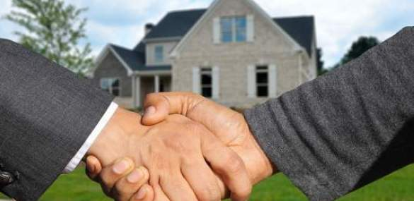 Real Estate Investing 101: 5 Ways to Invest in Real Estate Without Purchasing Properties