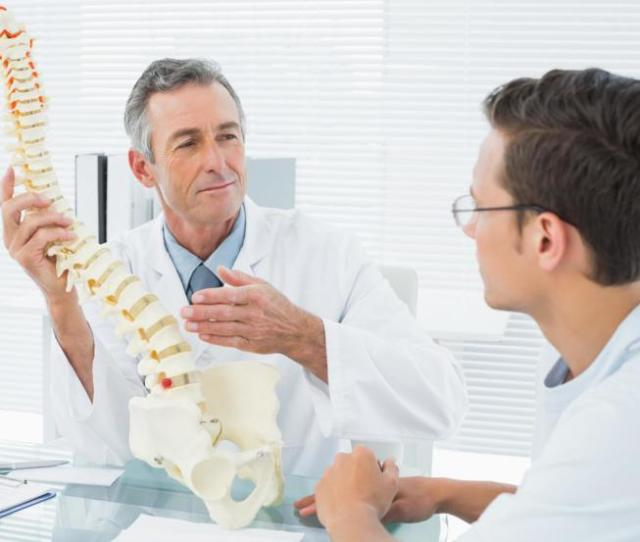Spine Doctors Vs Chiropractors