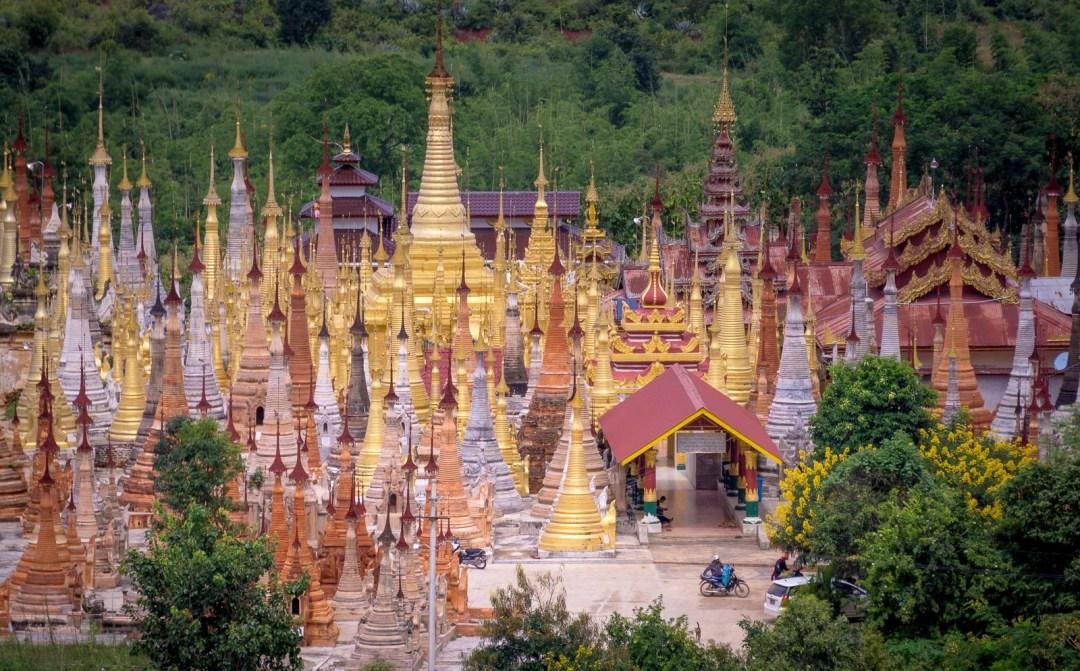 Indiin stupas in Myanmar