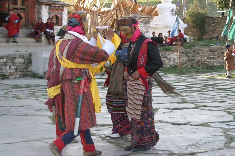 pholi moli dance
