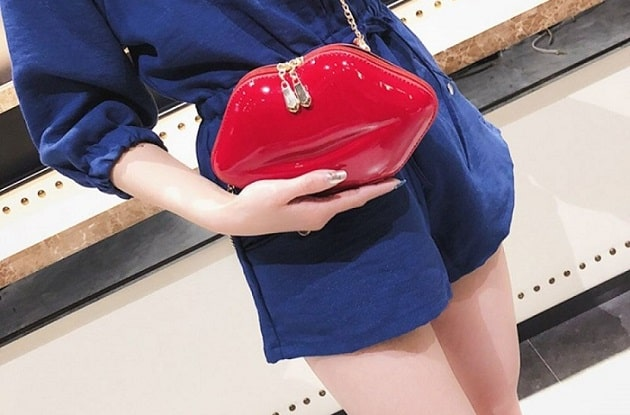 Women Leather Lips-shaped Evening Clutch Purses