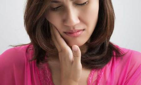 8 Best Natural Home Remedies for Toothache