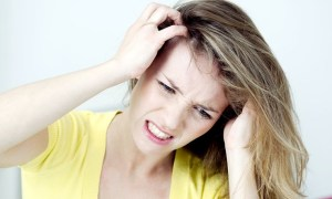 4 Home Effective Remedies For Itchy Scalp