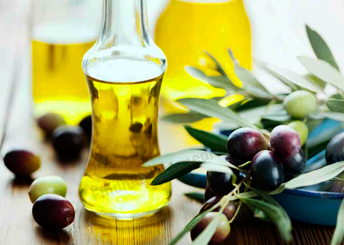 Jojoba Oil to Remove Dark Circles