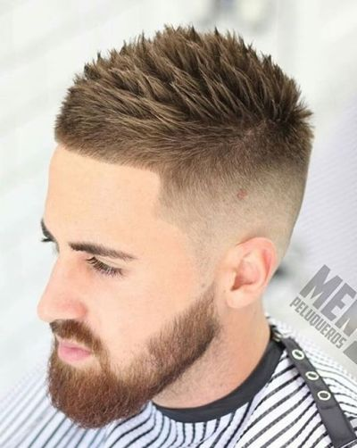 Erkekler için Ters Solmaya Saç Modelleri