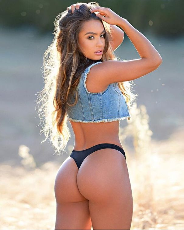 Sommer Ray gif