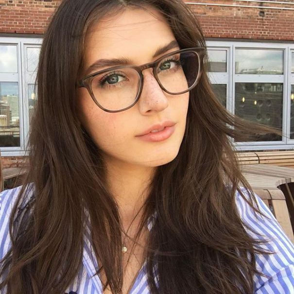 jessica-clements-hot