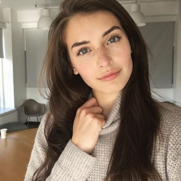 jessica-clements-twitter