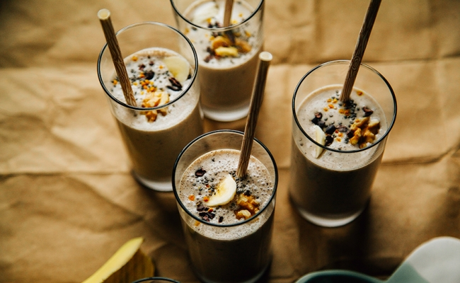 Raw Banana Bread Shakes
