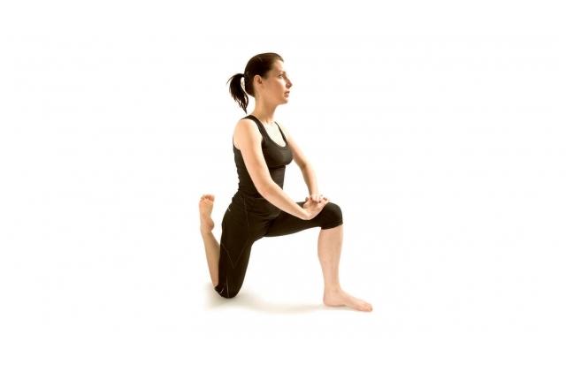 do-the-hip-flexor-movement