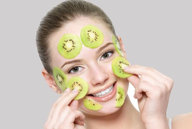 Anti-Tan Kiwi Face Mask