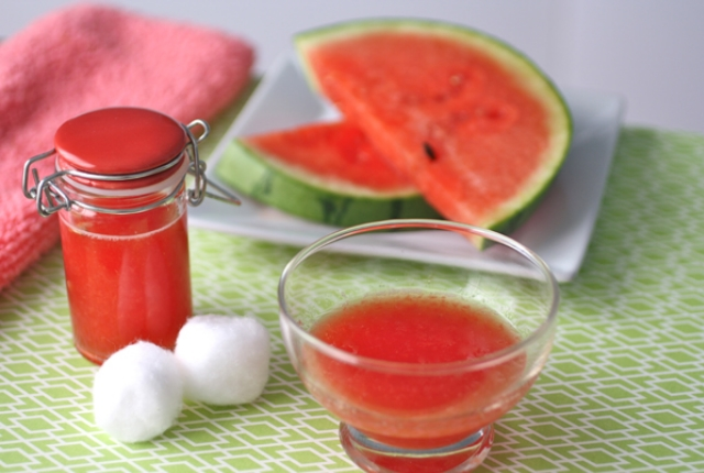 Watermelon Hydrating Face Mask