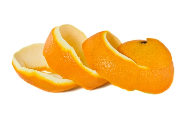 Orange Peels for Yellow Teeth