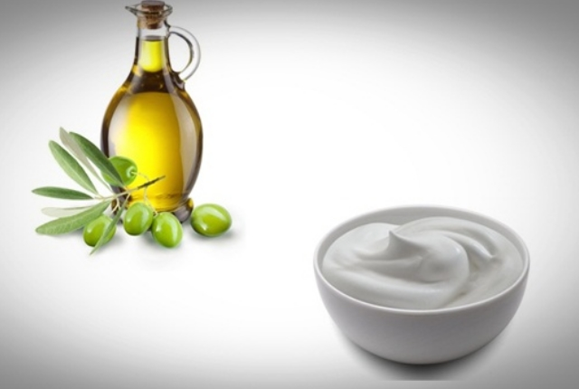 Yogurt And Olive Oil