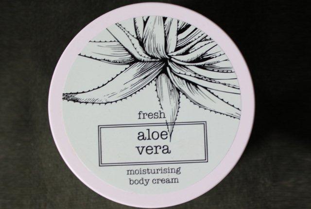 Marks & Spenser Fresh Aloe Vera Moisturizing Body Cream