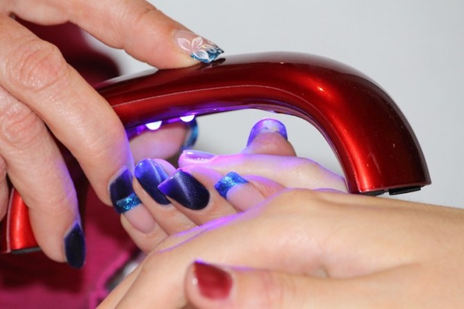 Gel Nail Polish and What It Could be Doing to Your Skin