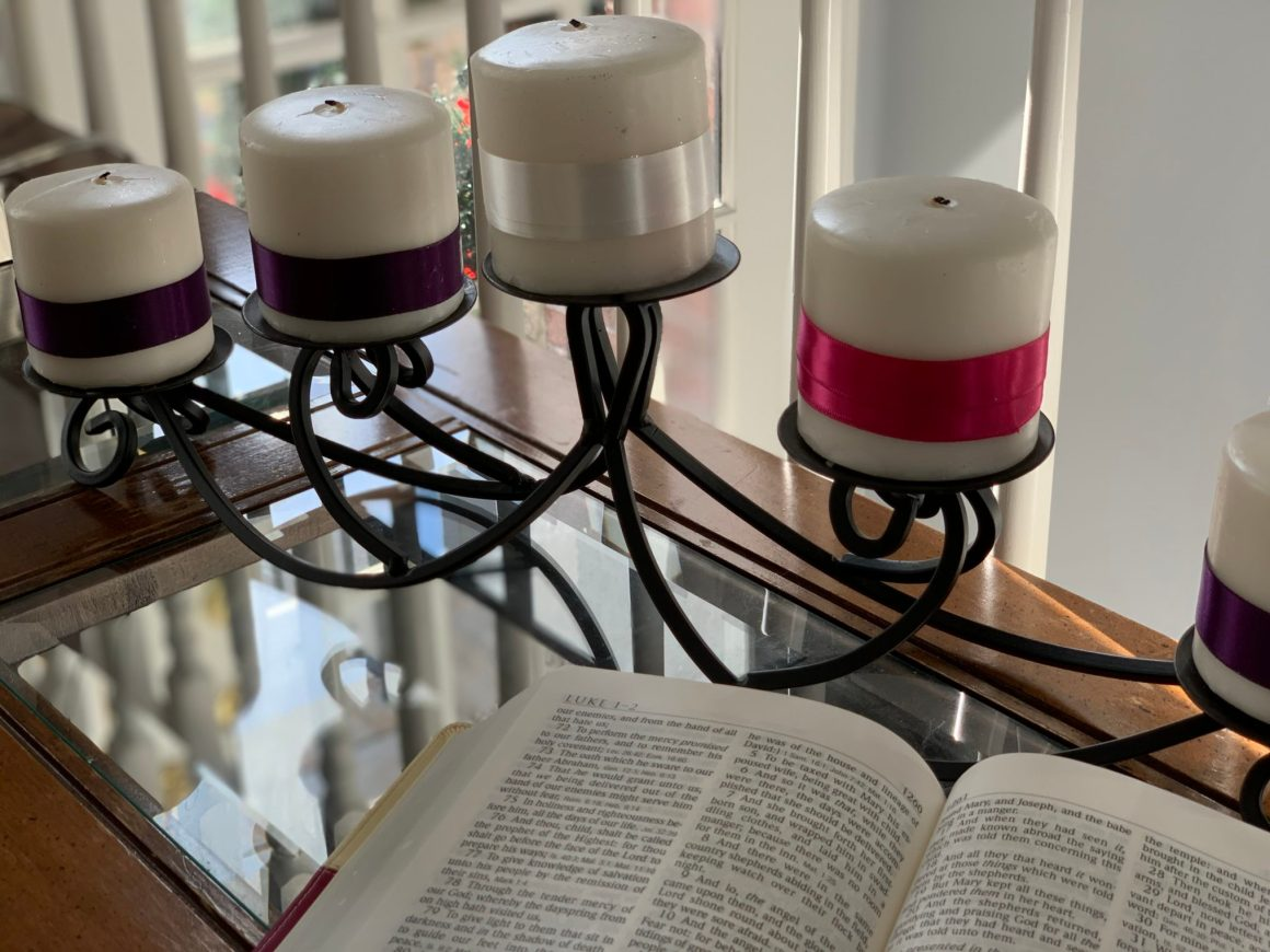 Advent candle-bible