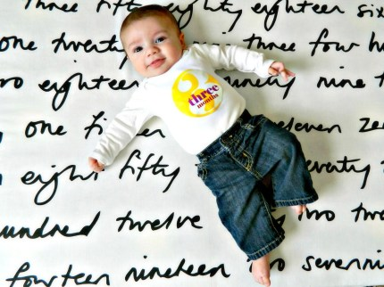 D-I-Y Baby Photo Backdrop