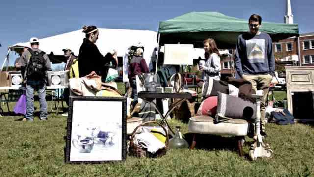 'State's Largest Outdoor Sale,' Fondren Flea, Returns March 25
