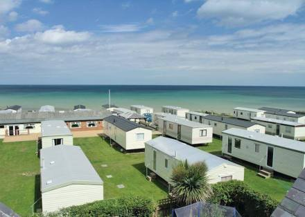 Castaways Holiday Park
