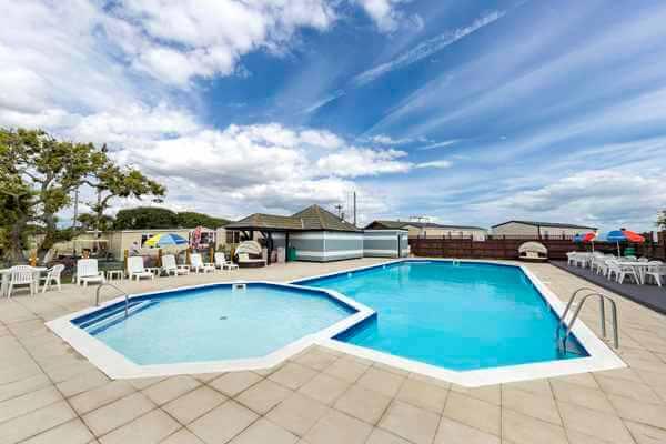 Solent Breezes Pool