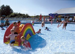 Burnham Outdoor Pool - Burnham-on-Sea Holiday Village