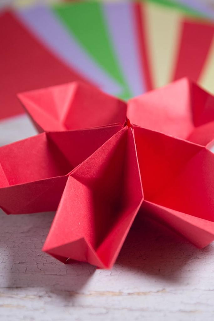 Easy Origami Kusudama Cherry Blossom