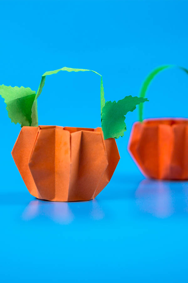 DIY paper pumpkin basket crafts