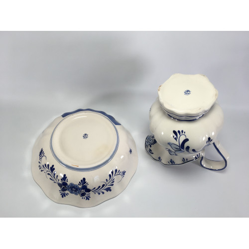 Delft Blue DAIC pitcher & Basin 2