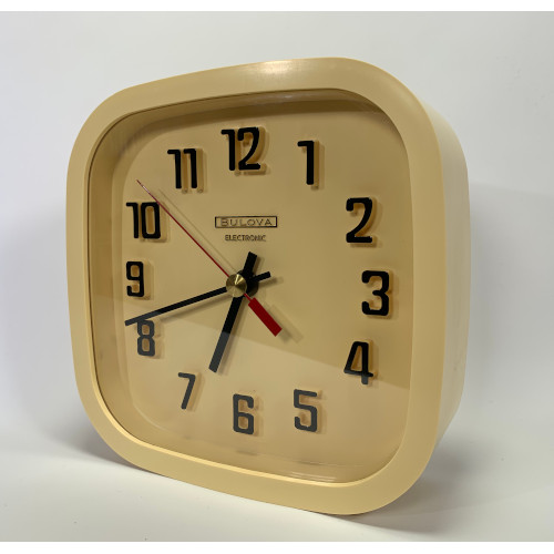 """Bulova Electronic 8"""" Wall Clock Battery Operated Made in Canada - Beige"""